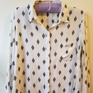 Forever 21 Long Sleeve White Collared Button Down